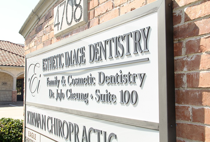 Outdoor Esthetic Image Dentistry sign